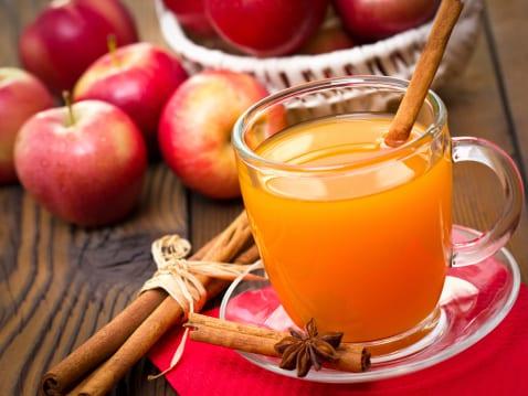 Jus de pomme chaud aux épices
